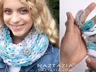 Finger Knit Loop Yarn Scarf and Knitting Projects using Loop It Yarn
